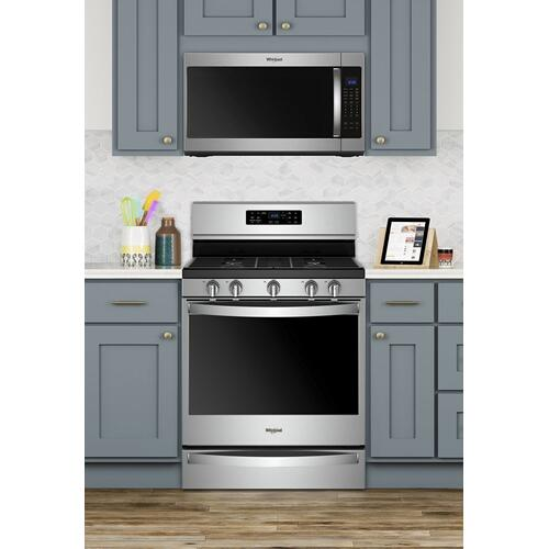 OPEN BOX 5.8 cu. ft. Freestanding Gas Range with Frozen Bake Technology
