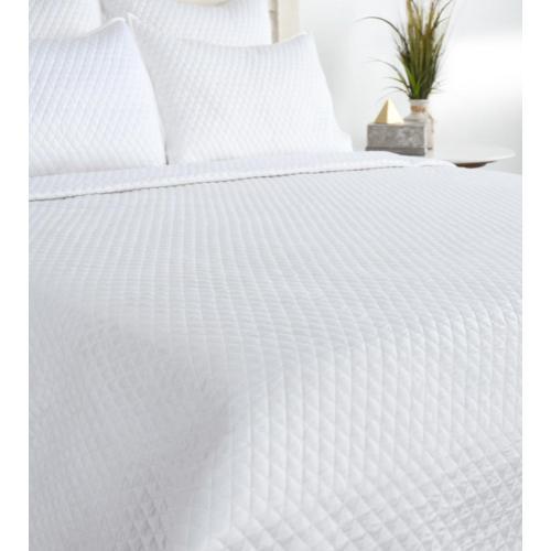 Diamond White 4Pc King Quilt Set