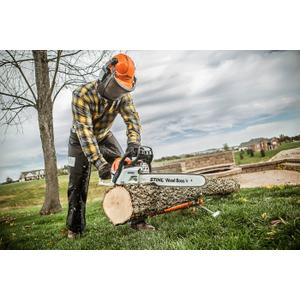 Gallery - A powerful and fuel-efficient chainsaw that's comfortable to use.