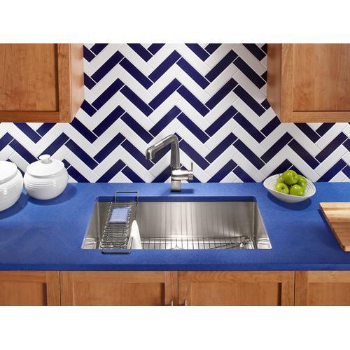 """32"""" X 18-5/16"""" X 9-5/16"""" Undermount Single-bowl Kitchen Sink With Accessories"""