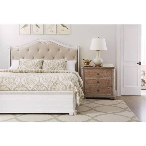 Juniper Dell Upholstered Bed - 17th Century White / Queen