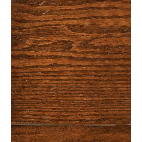 Occasional Traditional Oak Accent Table