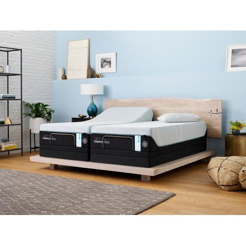 Tempur-Pedic - TEMPUR-PRObreeze Medium Hybrid
