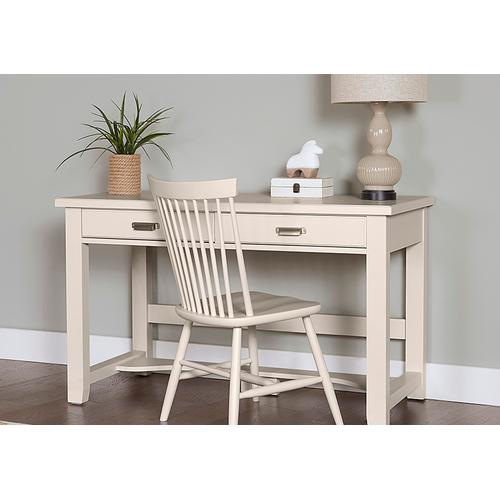 Bungalow Lattice Desk
