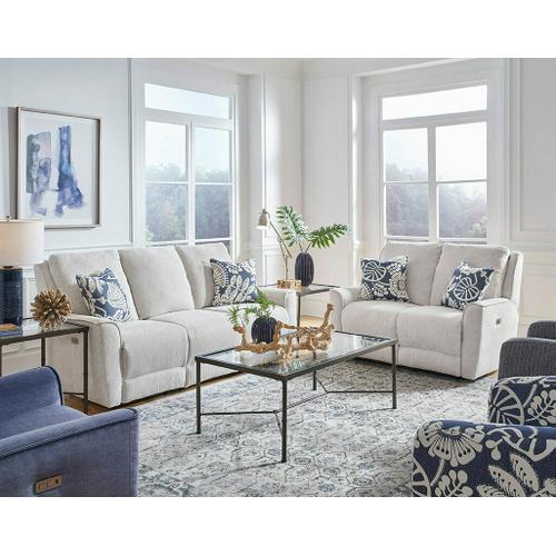 Southern Motion - MidTown Sofa