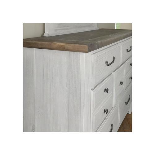 Vaughan-Bassett - 7-Drawer Storage Dresser