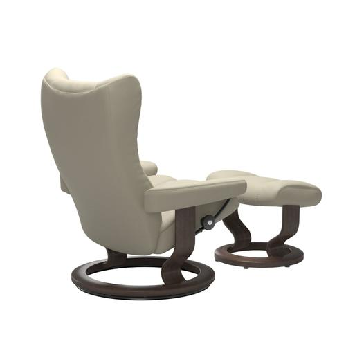 Stressless By Ekornes - Stressless® Wing (M) Classic chair with footstool
