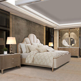 Cal King Scalloped Panel Bed (3 Pc)