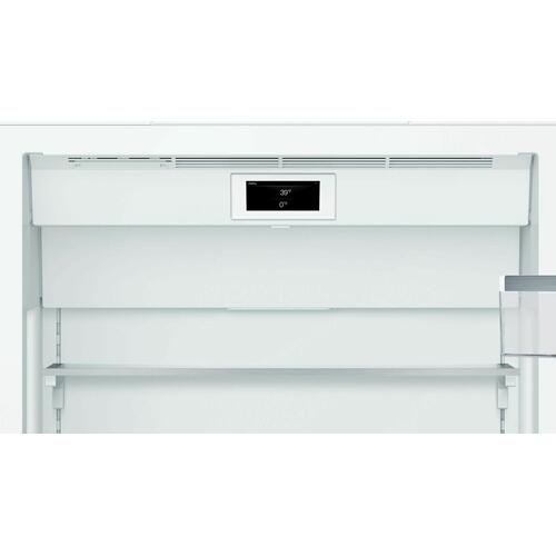 Benchmark® Built-in Bottom Freezer Refrigerator 30'' B30BB930SS