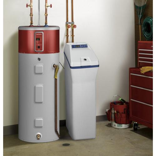 GE® 30,000 Grain Water Softener and Filter In One