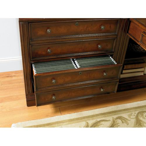 Hooker Furniture - European Renaissance II 32'' Lateral File