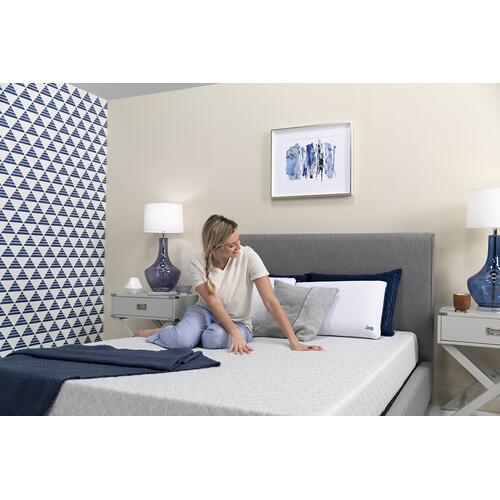"Conform - Essentials Collection - 8"" Memory Foam - Mattress In A Box - King"