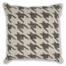 """Pillow L323 Ivory/grey Houndstooth 18"""" X 18"""""""