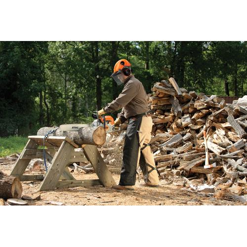 Advanced engine technology improves fuel economy by up to 20% over previous model chainsaws for longer run times.