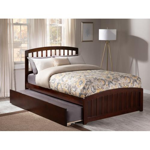 Richmond Full Bed with Matching Foot Board with Urban Trundle Bed in Walnut