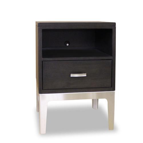 Durham Furniture - 1 Drawer Night Table