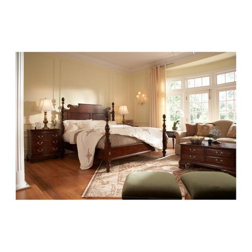 Bedford Pineapple Post Queen Bed