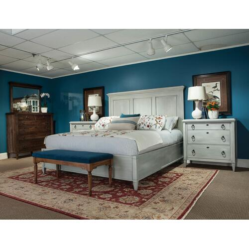 Durham Furniture - Queen Panel Bed