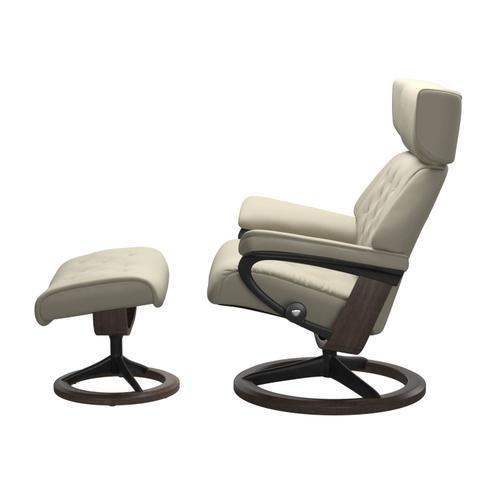 Stressless By Ekornes - Stressless® Skyline (L) Signature chair with footstool