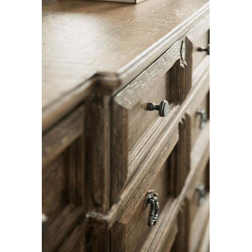Bedroom La Grange Rolling Hill Nine-Drawer Dresser