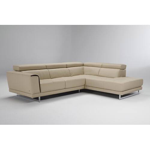 Natuzzi Editions B887 Sectional