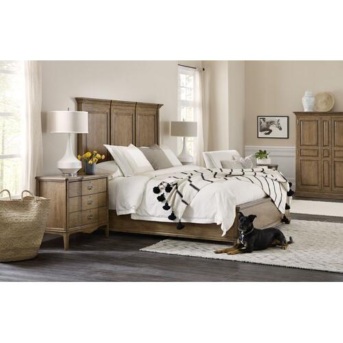 Bedroom Montebello King Wood Mansion Bed