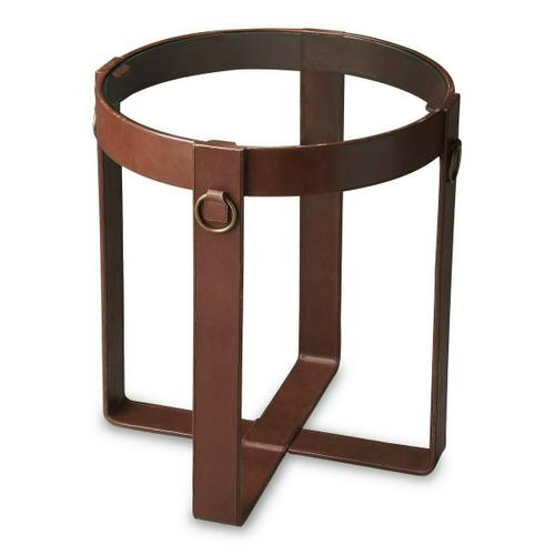 Butler Specialty Company - This lamp table epitomizes subtle elegance. Forged from steel with a tempered clear glass top, it features a chestnut leather-wrapped frame and antique brass rings for an intriguing aesthetic.