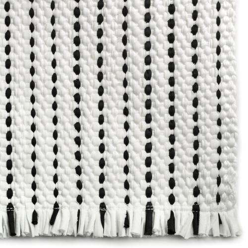 Novato White Black - Rectangle - 2' x 3'