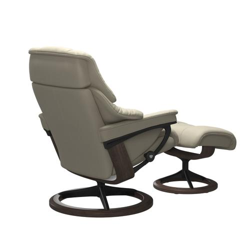 Stressless By Ekornes - Stressless® Reno (L) Signature chair with footstool