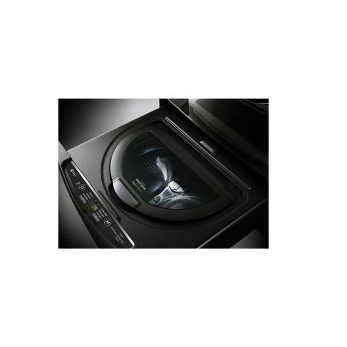 6.3 Total Capacity LG Twinwash Bundle With LG Sidekick