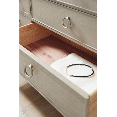 Bedroom Reverie Nine-Drawer Dresser