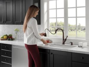 Single Handle Pull-Down Kitchen Faucet with Soap Dispenser Product Image