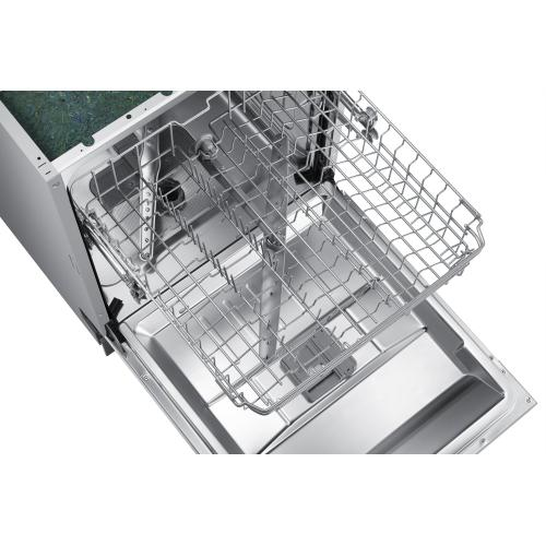 The Samsung 52 dBA ADA Dishwasher with easy to use digital touch controls deliver superior cleaning