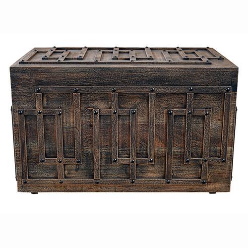 Gallery - Storage Trunk - Blackwash Finish
