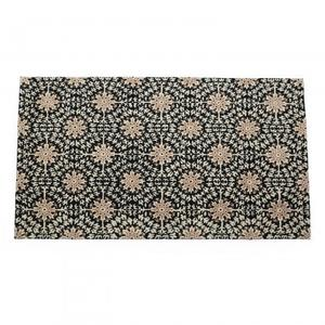 Woolen Rug in hand tufted