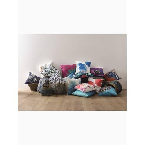 """Fab Habitat - Nakano Double Sided Indoor Outdoor Decorative Pillow - Blue & White (20"""" x 20"""")"""
