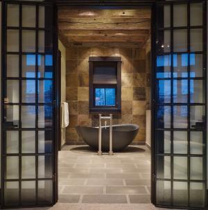Papillon Bathtub Honed Black Granite Product Image