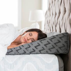 Z Wedge Pillow