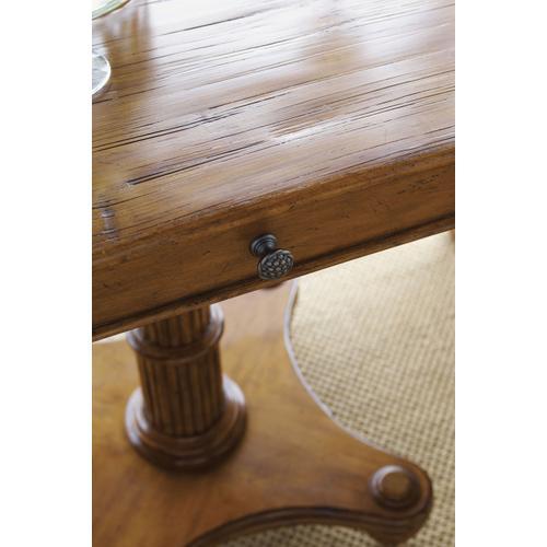 Cinnamon Cove Lamp Table