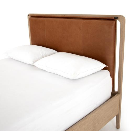Queen Size Rosedale Bed