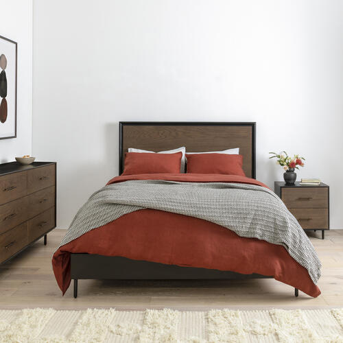 Queen Size August Bed