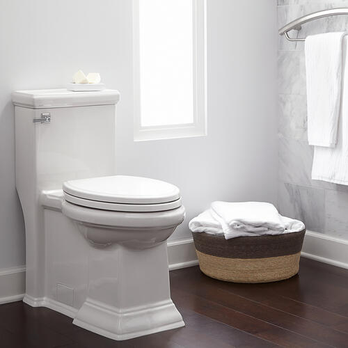 American Standard - Town Square Right Height Elongated One-Piece Toilet - 1.28 GPF - Linen