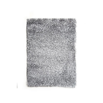 Annmarie 5' X 7' Silver Area Rug