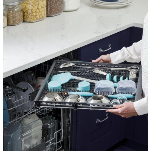 GE® Fingerprint Resistant Top Control with Stainless Steel Interior Dishwasher with Sanitize Cycle & Dry Boost with Fan Assist
