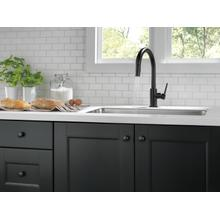Matte Black Single Handle Pull-Down Kitchen Limited Swivel
