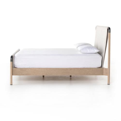 King Size Harriet Bed
