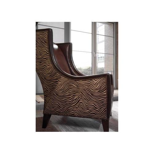 4839 LUXE CHAIR