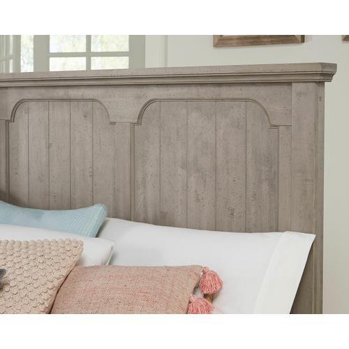 Vaughan-Bassett - King Panel Bed