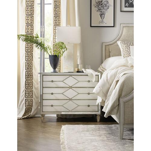 Bedroom Sanctuary Queen of Diamonds Bachelorette Chest
