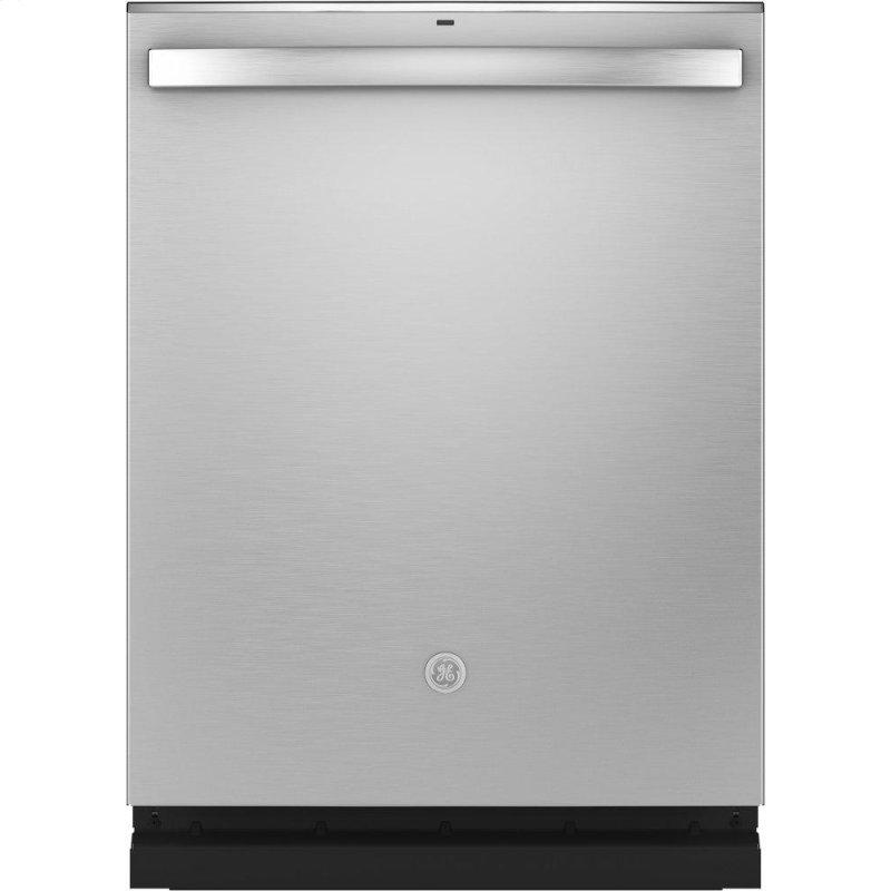 ®Top Control with Stainless Steel Interior Dishwasher with Sanitize Cycle & Dry Boost with Fan Assist